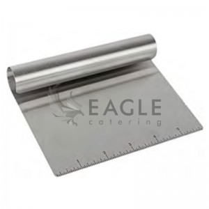 Dough cutter with scale
